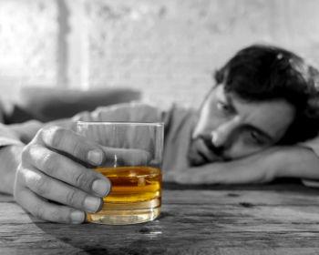 Лечение алкоголизма в наркологическом центре – преимущества