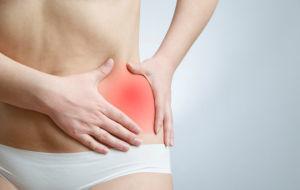 Причины появления болей внизу живота