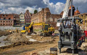 Стоит ли арендовать строительную технику?