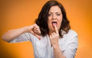 Причины появления горечи во рту с утра