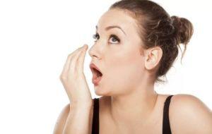 Эффективные средства для устранения неприятного запаха изо рта