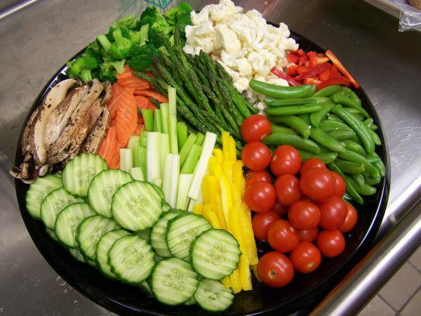 Отварные овощи и фрукты