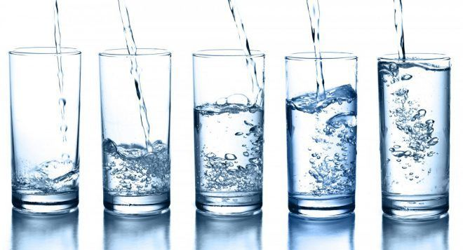 Пить много чистой воды