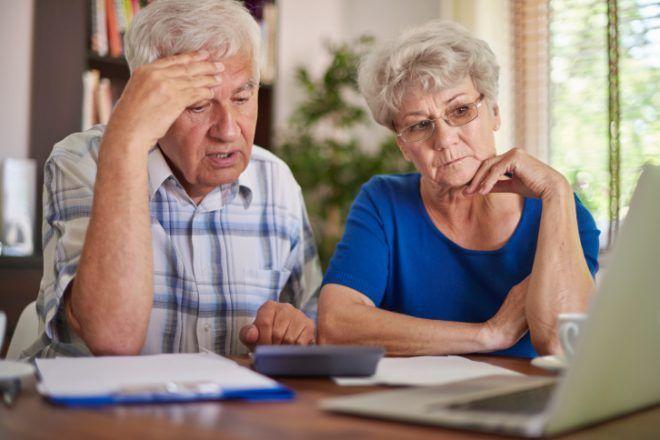 Пожилые люди с расстройством кишечника