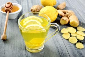 Мед и лимонный сок поможет вам избавиться от тошноты