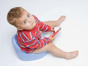 Мазь Вишневского не вредна и часто прописывается детям для лечения геморроя