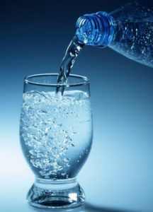 В лечебных целях используют минеральную воду