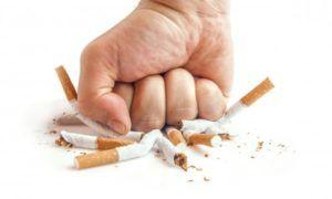 Отказ от курения для предотвращения патологий