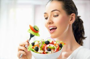 Для профилактики геморроя стоит соблюдать правильное питание