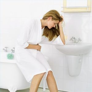 Тошнота и рвота после еды являются признаком воспаления поджелудочной железы