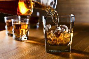 Алкоголь запрещен при ротавирусе