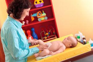 Если грыжа возникла у ребенка то чтение магических слов должна взять на себя мать