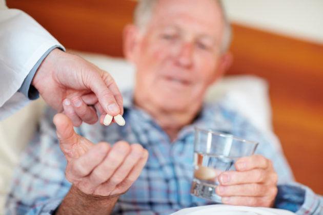 Приём прочих лекарственных средств стоит принять за час до приема Диосмектита