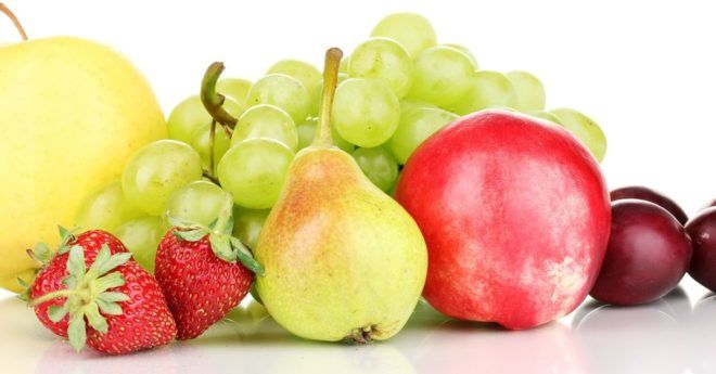 Винограда, груш, яблок и персиков