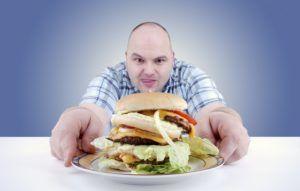 Неправильное питание может спровоцировать развитие изжоги