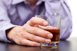 Перед прививкой нельзя употреблять спиртные напитки