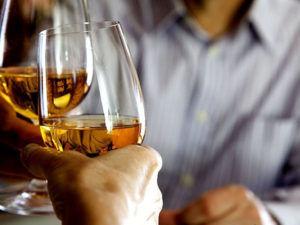 Полностью исключить приём алкогольных напитков