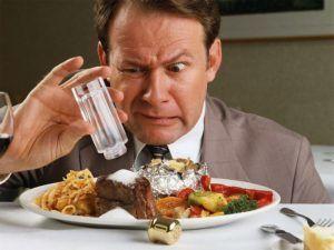 При фиброзе печени стоит использовать настолько мало соли, насколько это возможно