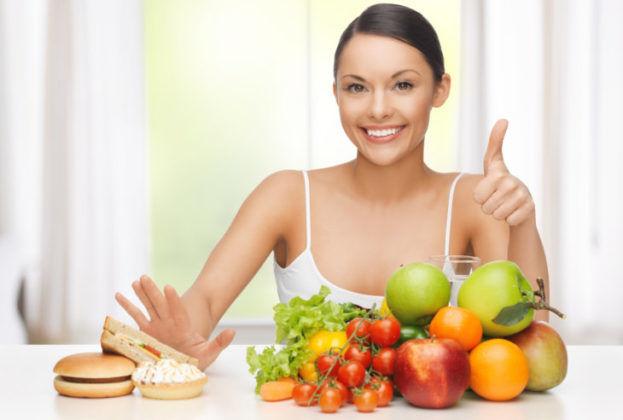 Соблюдать правильное питание для востановления работы желудка